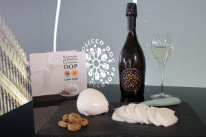 Mozzarella di Bufala Campana DOP & Prosecco DOC