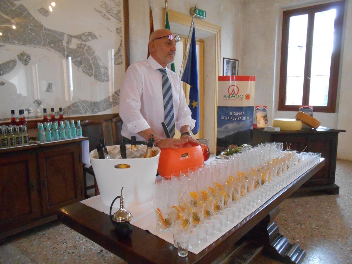 barman Roberto Pellegrini