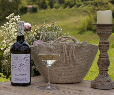 Pinot Grigio Manzane etichetta borsa